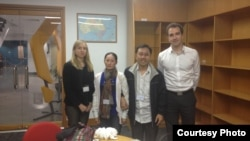 Nguyen Bac Truyen and his wife meet with the Australian Embassy to discuss Vietnam's human rights.