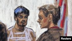 這幅素描顯示恐襲嫌疑人卡奇‧穆罕默德‧納菲斯 (左) 出庭的情況