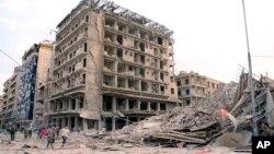 시리아 알레포에서 3일 폭탄 공격으로 파괴된 건물. 시리아 관영 사나 통신이 공개한 사진이다.