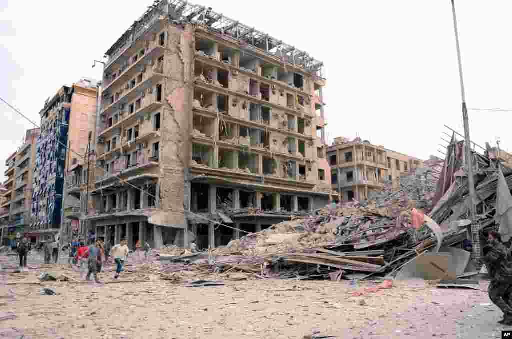 Imagem da agência noticiosa síria, SANA, mostrando danos causados pelas explosões em Aleppo