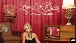 Laura Bell Bundy regresa a la cartelera después de larga ausencia.