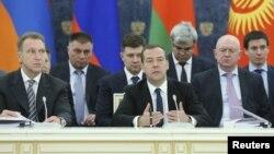 지난해 4월 러시아 모스크바에서 열린 유라시아경제연합(EAEU) 회의에서 드미트리 메드베데프 러시아 총리가 발언하고 있다. (자료사진)