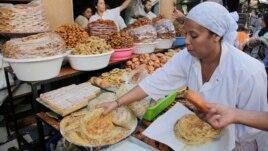 Myslimanët në Amerikë agjërojnë Ramazanin