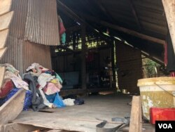 Pha Chorvoin's house is located in Siem Reap City's Chreav commune. She has not been granted an Equity Card. March 15, 2019. (Sun Narin/VOA Khmer)