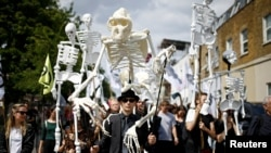 تظاهرات گروه شورش انقراض در لندن
