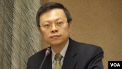 台湾陆委会主委王郁琦3月20日在立法院(美国之音申华拍摄)