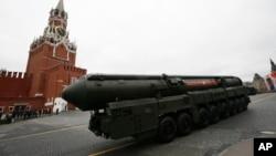 Российский ракетный комплекс стратегического назначения «Тополь-М»