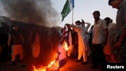 تصاویر: امریکی فیصلے کے خلاف پاکستان میں مظاہرے