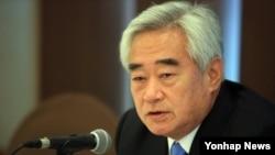 조정원 세계태권도연맹(WTF) 총재가 16일 한국프레스센터에서 열린 '태권도 2020 도쿄장애인올림픽 종목채택' 기자간담회에서 모두 발언을 하고 있다.