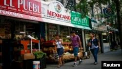 미국 뉴욕시 할렘가의 히스패닉 가게. (자료사진)