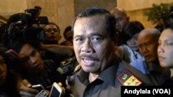 Jaksa Agung HM Prasetyo di Kejaksaan Agung, Jalarta (24/2) menegaskan meski ada protes dari negara luar, pelaksanaan hukuman mati terpidana narkoba akan terus dilaksanakan (Foto: VOA/Andylala)