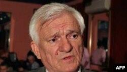 Penzionisani general Armije BiH Jovan Divjak (arhivski snimak)