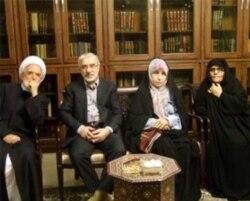 نه ماه از بازداشت خانگی رهبران مخالف دولت در ایران می گذرد