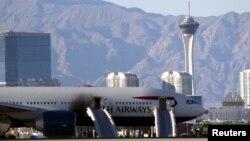 El avión Boeing 777-200 con 172 personas a bordo tuvo que abortar el despegue en Las Vegas debido al incendio de uno de sus motores.