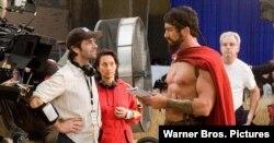 زک اسنایدر و بازیگر جرارد باتلر، پشت صحنه فیلم 300