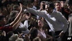 Ο Μιτ Ρόμνι σε προεκλογική συγκέντρωση στο Ορλάντο της Φλόριντα
