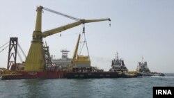 عکس از ایرنا - ایران با دور زدن «تنگه هرمز» برای نخستین بار از دریای عمان نفت صادر میکند