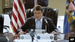 El secretario de Defensa Ash Carter reafirmó el compromiso de EE.UU. por derrotar al grupo terrorista Estado islámico.