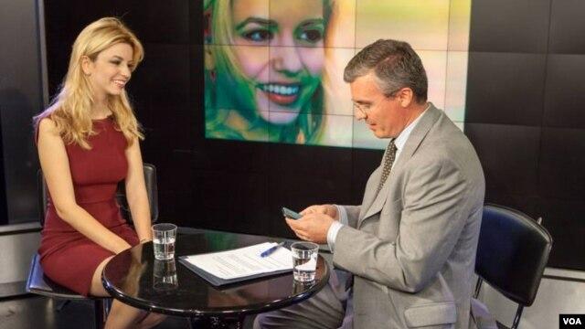 Aktorja Masiela Lusha tregon historinë e saj