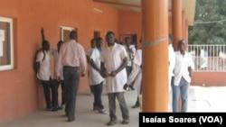 Alunos da escola do I e II Ciclo de Cangandala, Palanca Negra, Malanje