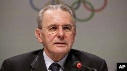 Presiden Komite Olimpiade Internasional (IOC), Jacques Rogge (foto: dok). IOC yakin Olimpiade 2016 akan menguntungkan Brazil.