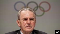 """Chủ tịch Ủy ban Thế vận Quốc tế Jacques Rogge tuyên bố ông """"hài lòng"""" với diễn tiến Thế vận hội"""