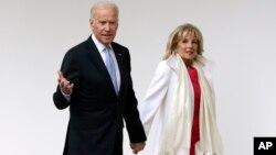 Джо Байден з дружиною