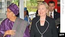 کلینتون: آمریکا به حمایت از لیبریه ادامه خواهد داد