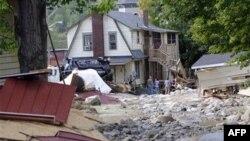 Ogromna šteta naneta je državama širom istočne obale tokom uragana Ajrin