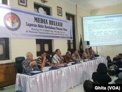 KNKT dalam konferensi pers hasil final investigasi jatuhnya pesawat Lion Air JT-610, di kantor KNKT, Jakarta, Jumat (25/10) (Ghita)