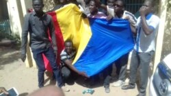 Colère des étudiants tchadiens- Barka le Roi Manamon Matkissam joint par Nathalie Barge