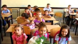 Kosovë: Filloi viti i ri shkollor