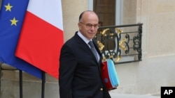 Министр иностранных дел Франции Бернар Казнев
