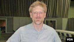 AVAC Executive Director Mitchell Warren. (De Capua)