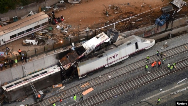 An overhead view of the wreckage of a train crash is seen near Santiago de Compostela, northwestern Spain, in this still image from video, July 25, 2013.
