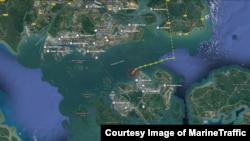 북한산 석탄을 실은 것으로 알려진 동탄 호가 지난 30일 인도네시아 바탐 섬에서 약 3km 떨어진 해상에 머물고 있다. 사진 출처: MarineTraffic 제공.