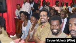 Les opposants Rosa Conde, Laurinda Gouveia, Luaty Beirão au tribunal, Luanda, Angola, 16 novembre 2015