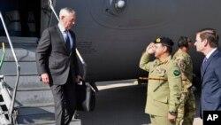 این نخستین سفر جیم متیس منحیث وزیر دفاع ایالات متحده به پاکستان میباشد