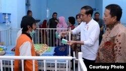 Jokowi melalukan Sidak ke RSUD Abdul Moeloek Bandar Lampung terkait BPJS. (Foto: Biro Pers Setpres)