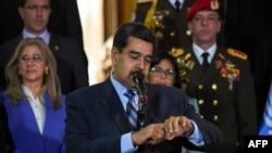 Maduro, darbeci grubun Kolombiya ve ABD hükümetlerince finanse edildiğini söyledi