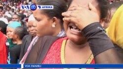 VOA60 AFRIKA: Baadhi ya wanafunzi na walimu walofariki kutokana na ajali mbaya ya basi mjini Arusha Tanzazania wazikwa.