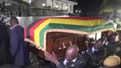 Le corps de Mugabe transporté dans sa villa de Harare