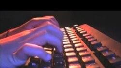 2013-05-29 美國之音視頻新聞: 美中將成立工作小組討論網絡安全
