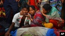 Ferry Capsizes in Bangladesh