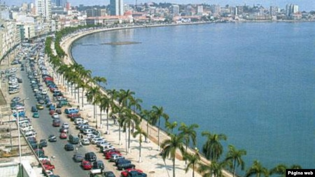 Antiga Avenida Marginal, hoje Avenida 4 de Fevereiro, em Luanda