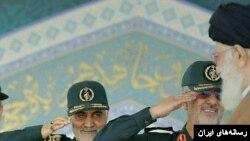 آیت الله خامنهای بیش از نظر مردم، به قدرت سپاه و بسیج برای ماندن در قدرت خوشبین است.