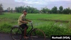 Konsep nrimo bagi masyarakat Jawa dinilai mendukung seseorang berpikir positif dan panjang umur. (Foto: VOA/ Nurhadi)