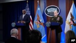Sekretar za odbranu Lloyd Austin i načelnik združenih generalštaba, general Mark Milley, govore o povlačenju iz Afganistana 1. septembra 2021.