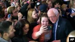 Mgombea kiti wa chama cha Democratic Seneta Bernie Sanders Des Moines, Iowa.