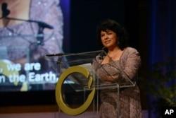 Honduran environmentalist Berta Caceres speaks in San Francisco during the 2015 Goldman Environmental Prize award ceremony, April 20, 2015.